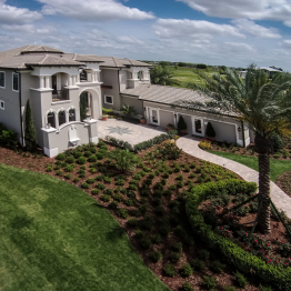 Real Estate Photography FL \ Aerial Shot of Casa Bella in Windermere