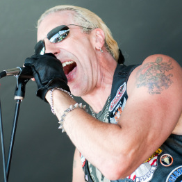 Photo of Dee Snider Singing at Event Photo by Mike Stanczyk